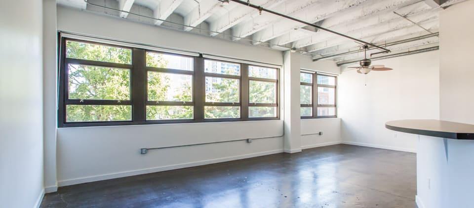 Intown Atlanta lofts, Peachtree Lofts, One Bedroom Loft, Midtown Loft