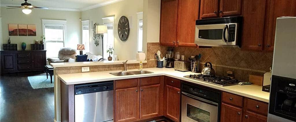 Grant Park condo for rent - photo of kitchen