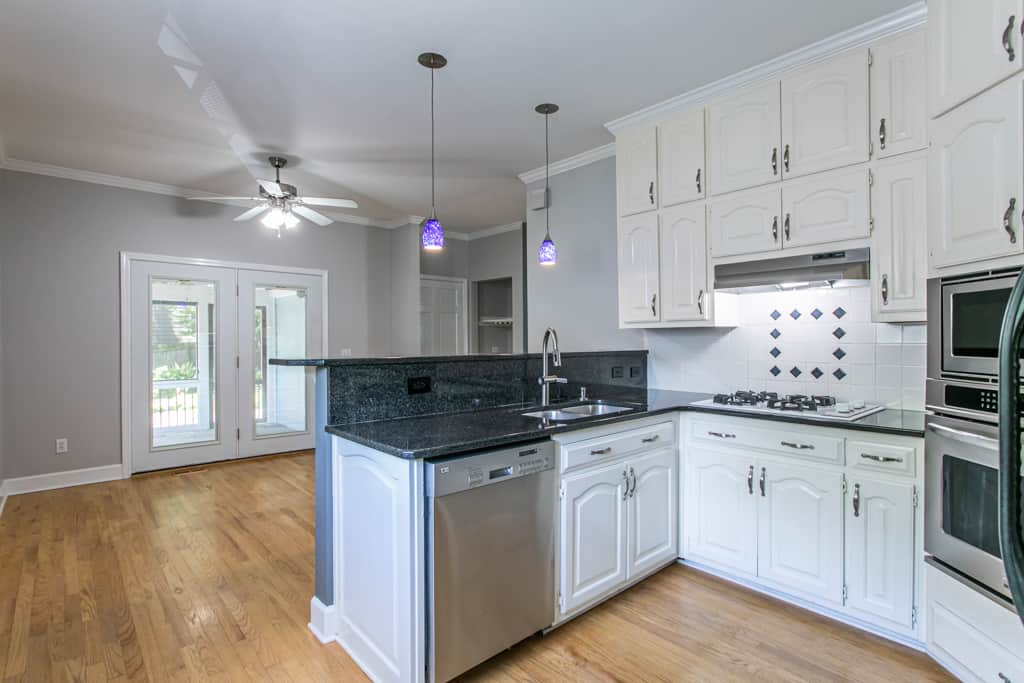 502 Oakdale Road, Atlanta GA - Kitchen
