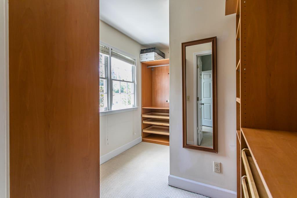 502 Oakdale Road, Atlanta GA - Main bedroom closet